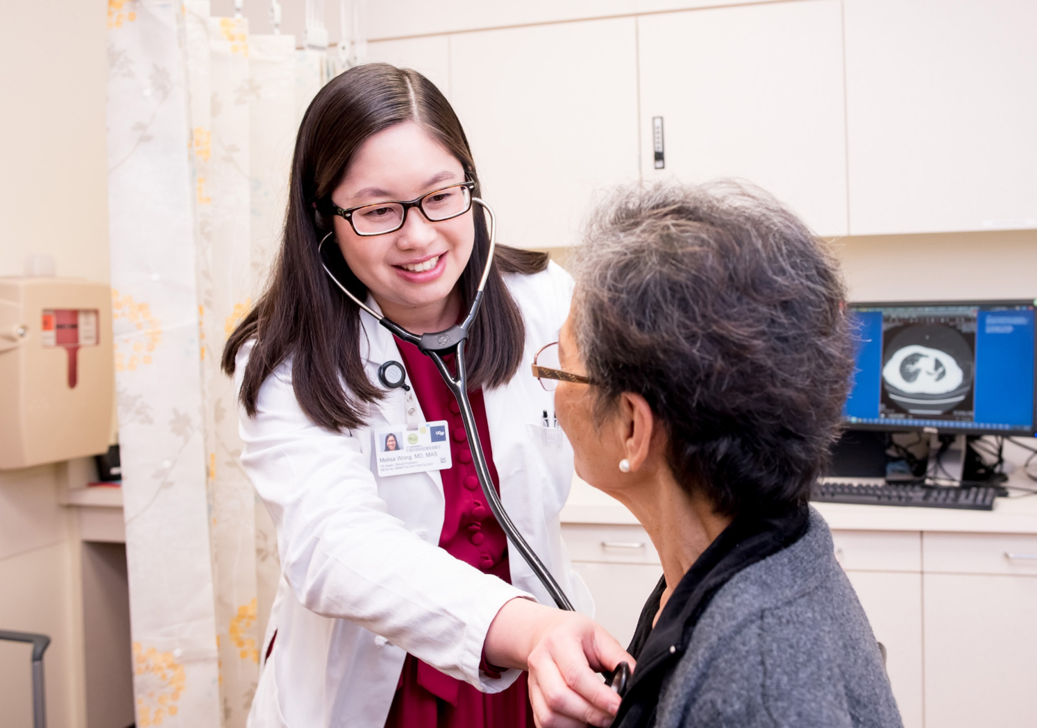 Melisa Wong with Patient in Geriatric Oncology